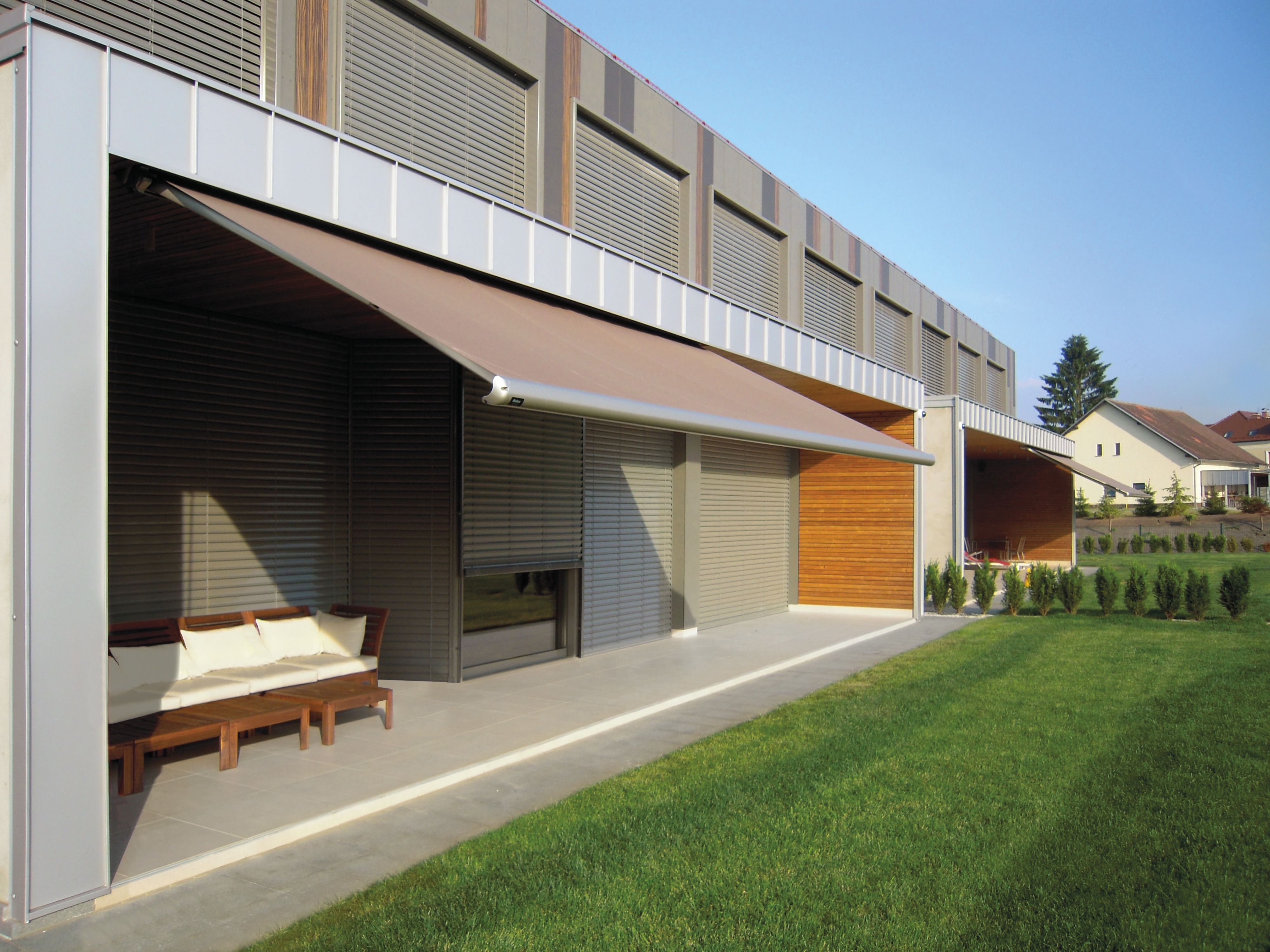 Awnings and retractable awning Projects | Euro Systems®